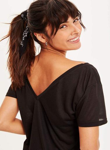 DeFacto V Yaka Basic T-shirt Siyah